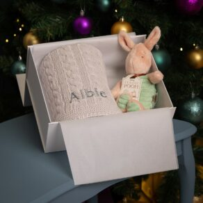 Toffee Moon Personalised Luxury Cable Baby Blanket and Piglet Soft Toy
