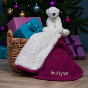 Ziggle Personalised Raspberry Sherpa Fleece Cable Baby Blanket and Jellycat Perry Polar Bear Gift Set
