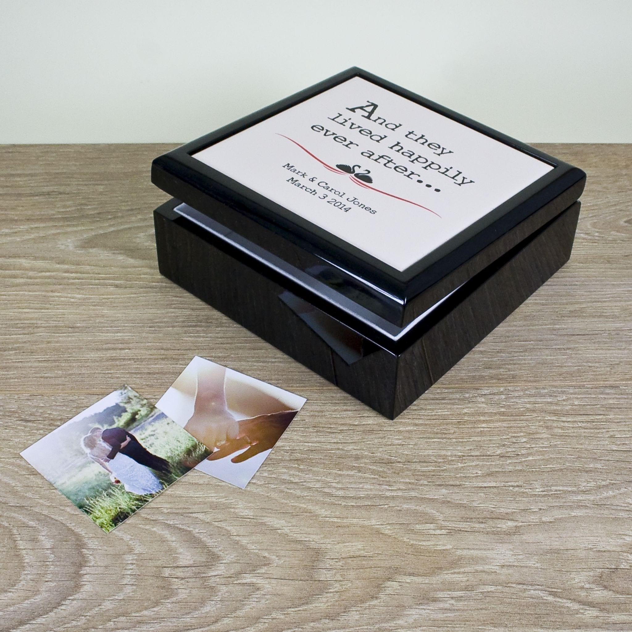 fairytale-couple-keepsake-box-7812-p.jpg