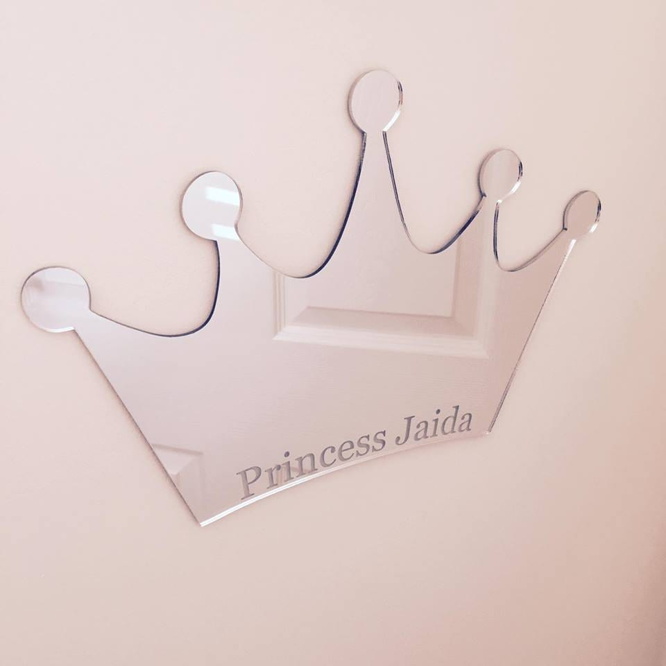 personalised-crown-mirror-21004-p.jpg