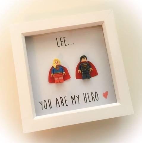 couple-superhero-frame-15453-p.jpg
