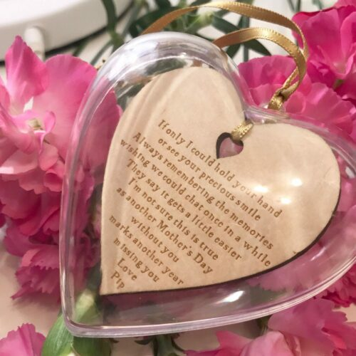 mothers-day-hold-your-hand-personalised-heart-bauble-decoration-17904-p.jpg