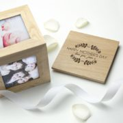 personalised-happy-mother-s-day-oak-photo-cube-photo-box-[2]-18174-p.jpg