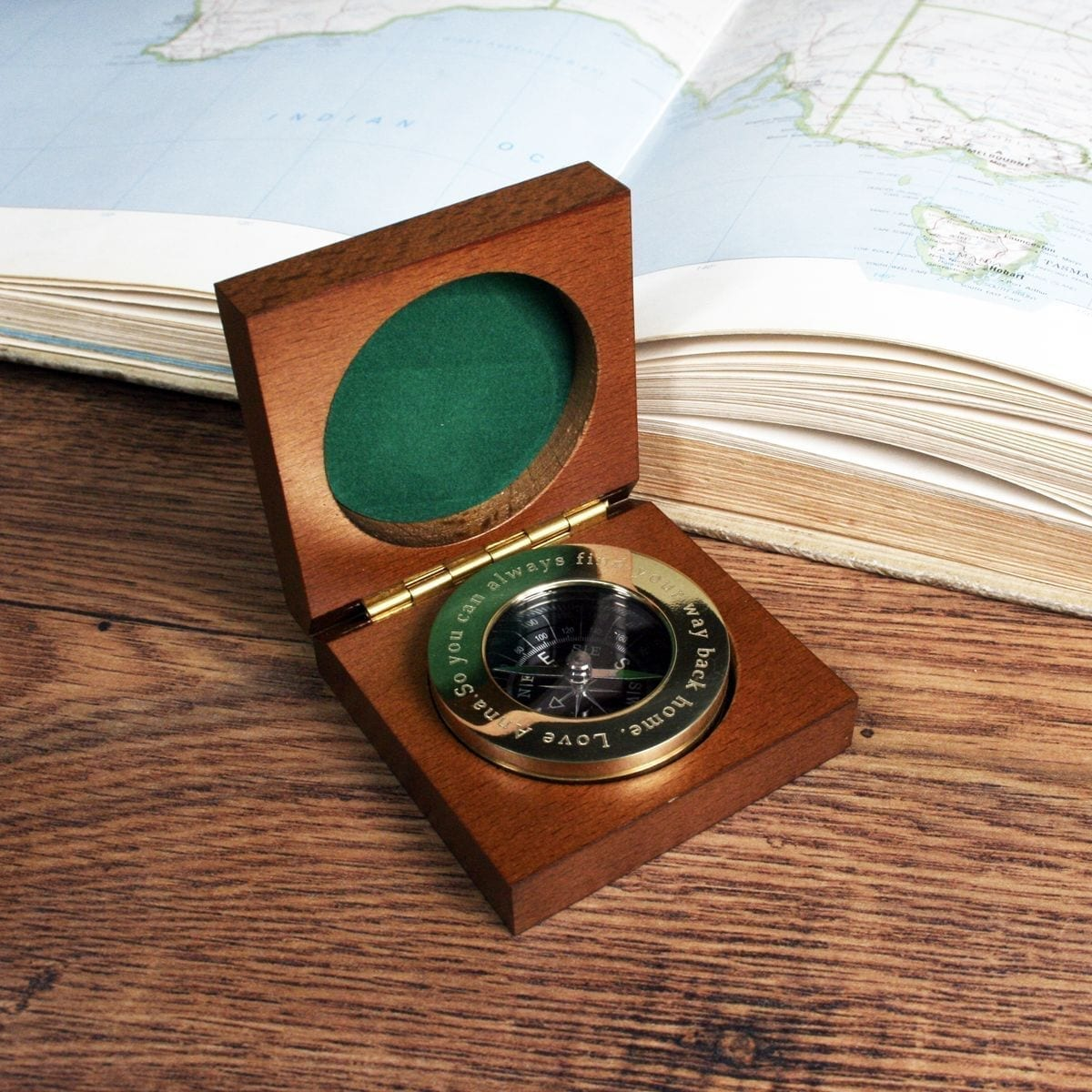 personalised-brass-travellers-compass-with-wooden-box-1834-p.jpg